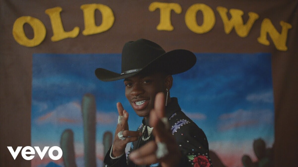 maxresdefault-2020-06-29T155447.962 Old Town Road by Lil Nas X ft. Billy Ray Cyrus (Easy)