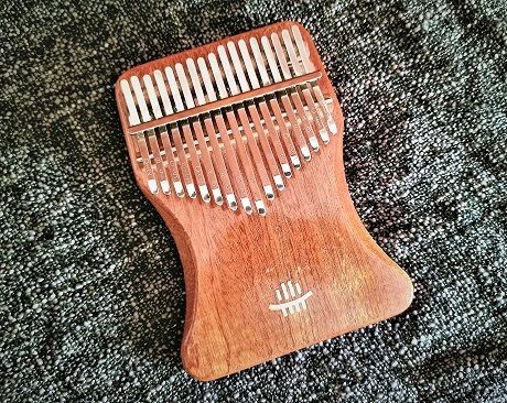kalimba1-8afb7746 Put Your Head On My Shoulder    Kalimba Cover (with tabs)